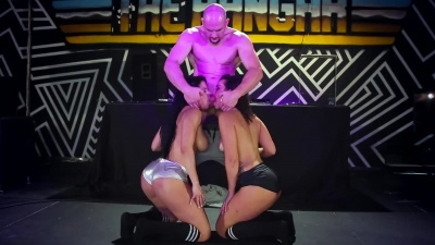 Twerk competition ends up with anal 3some