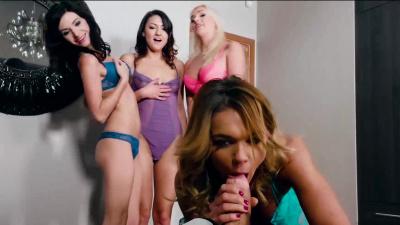 Bi fivesome fuck fest orgy between Arian Joy & her bf & her roommates
