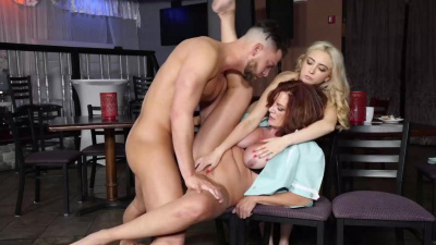 Jane Wilde & her bf get a threesome fuck lesson in the public restaurant