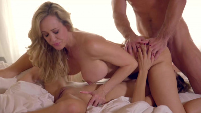 Hot threesome with Brandi Love and Rebel Lynn