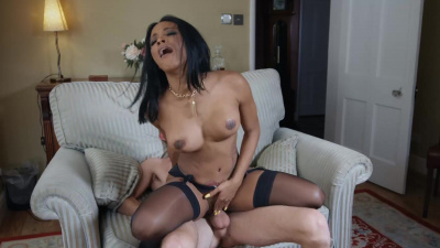 Smoking hot wife Kiki Minaj desperately needs hardcore fucking