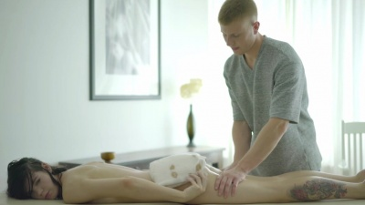 Massage turns out into sensual sex scene for beautiful Loventa