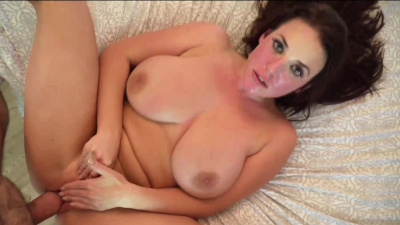 Naturally voluptuous Angela White worships thick dick