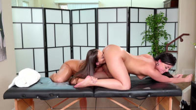 Amazing Whitney Wright takes all the stress out of Abigail Mac