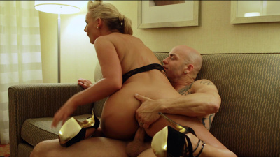 Successful business women Phoenix Marie turns into submissive slut for a night