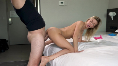 Freak Alexis Fawx loves to experience raging orgasms