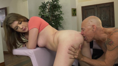 Remy Rayne has a thing for grandpas