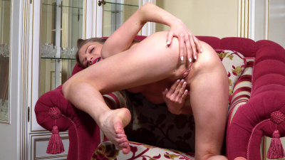 Adorable Ella with a beautiful body caresses her pussy